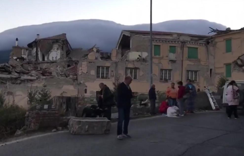 VIDEO: POTRES U ITALIJI - Raste broj mrtvih, već ih je više od 60, a mnogi su pod ruševinama 1