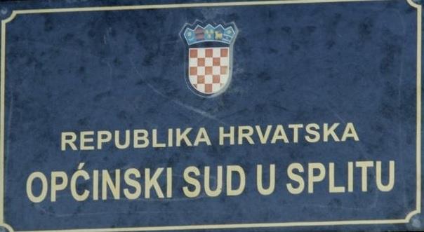 VELIKI POŽAR: U Splitu je posve izgorjela sudnica Općinskog suda