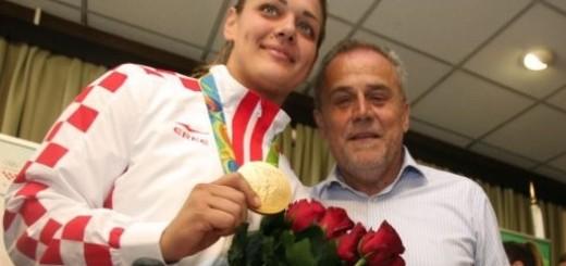 KANONADA UVREDA: MOST-ov Siniša Ružić nazvao Sandru Perković glupačom - potom se ispričao