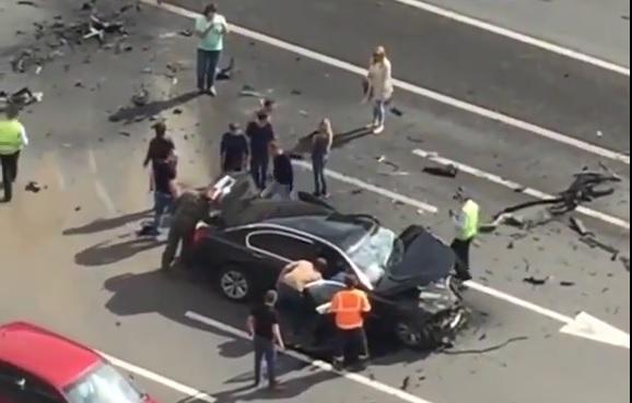 VIDEO: UŽAS U PUTINOVOM AUTOMOBILU - U strašnom sudaru poginuo vozač predsjednika Rusije