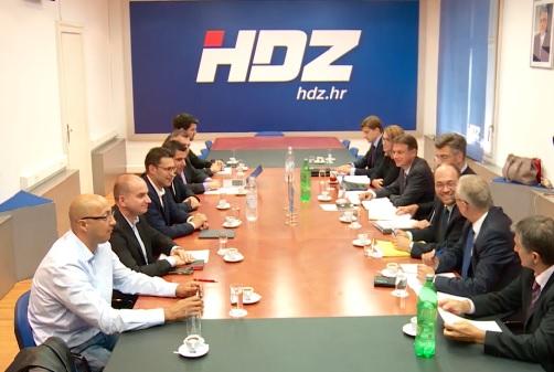 HDZ, Most