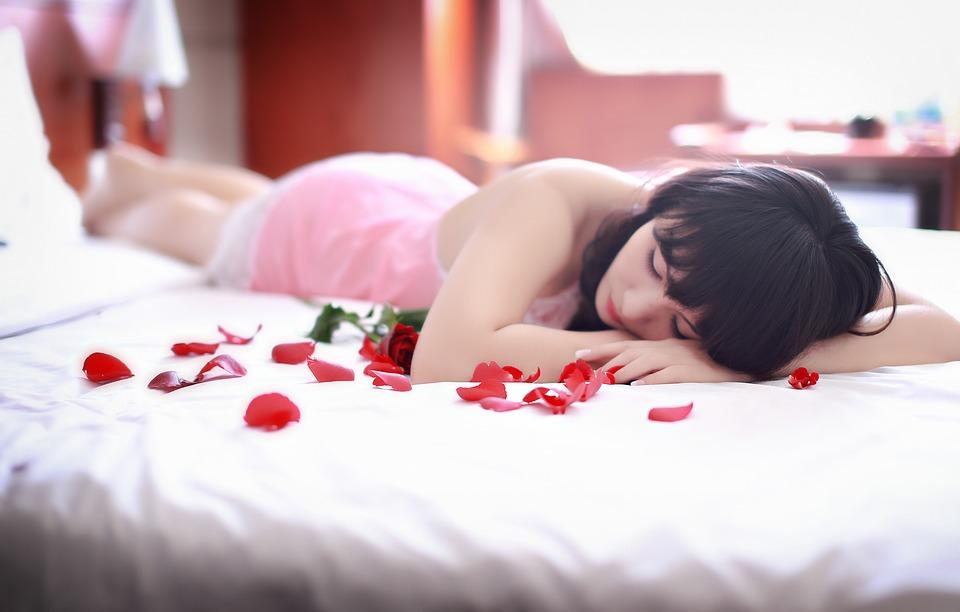 žena, seksi, postelja