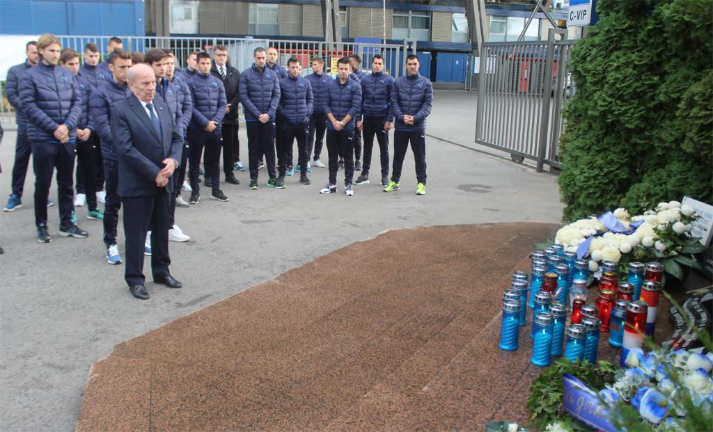 Sje'anje na Vukovar,Mirko Barišić,Dinamo