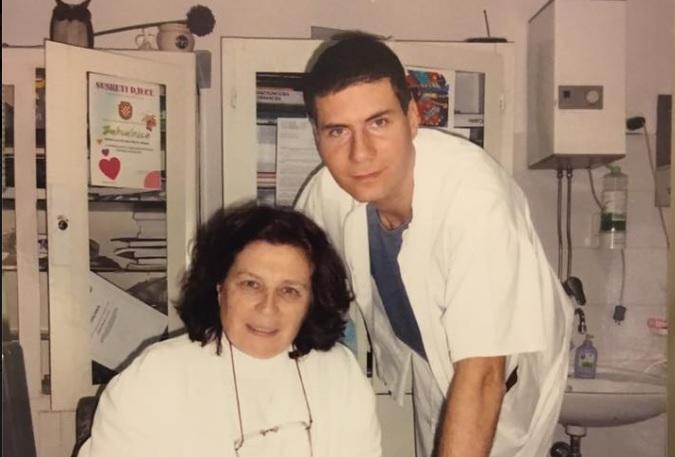 Ivan Pernar sa svojom majkom, doktoricom Ljiljanom Pernar (Foto: Facebook)