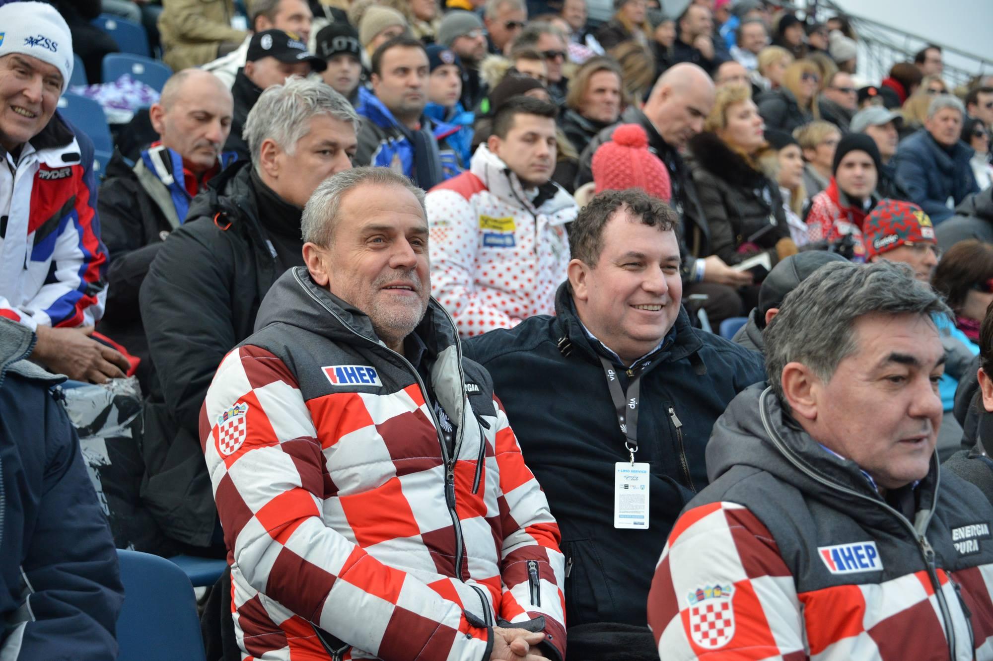 Milan Bandić i suprug predsjednice Jakov Kitarović na Sljemenu (Foto: Facebook)