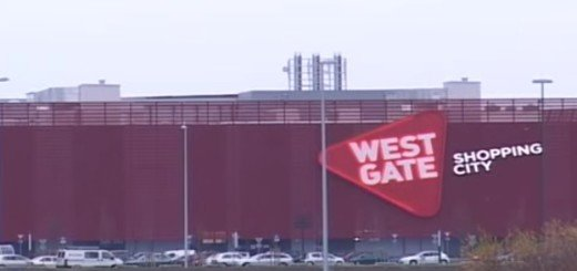 west gate shoping