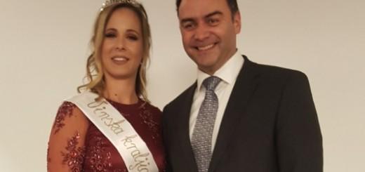 Vinska kraljica za 2017. Lucija Fabek iz Samobora sa zamjenikom župana Zagrebačke županije Hrvojem Frankićem