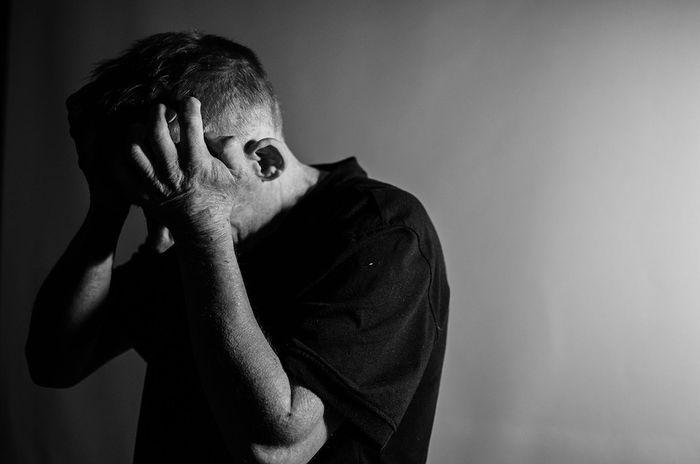 starac, depresija, bol