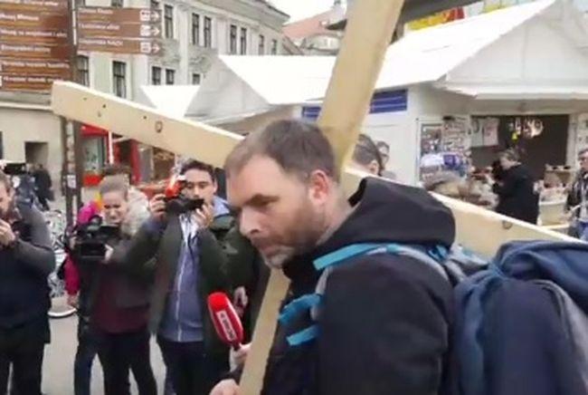 križ, saša pavlić