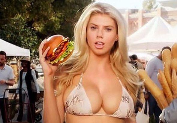Vrući goli ženski modeli