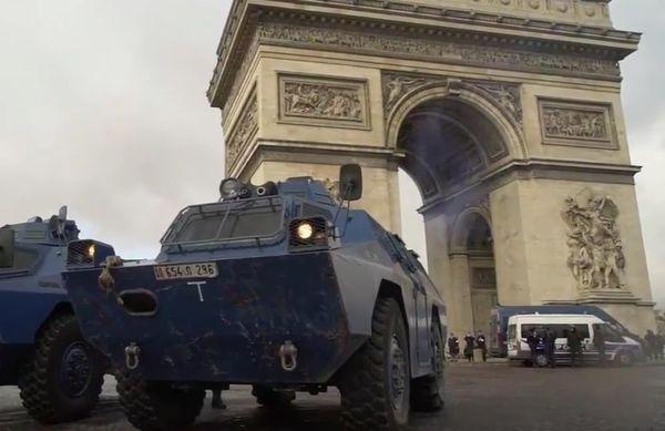 pariz, prosvjed