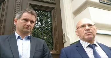 Željko Dolački i njegov odvjetnik Veljko Miljević (Foto: Screenshot)