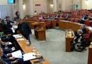 """VIDEO: SLIKOVITO – Pogledajte kako je Bulj """"častio"""" mlijekom premijera"""