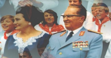Tito-Jovanka-pioniri-1024x692