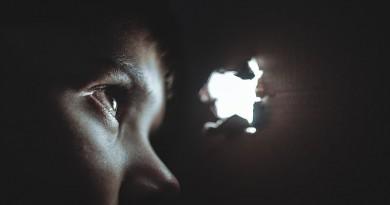 ilustracija-oko-strah-dječak-djevojčica-nasilje