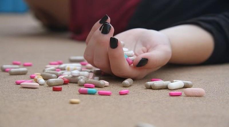 samoubojstvo-tablete
