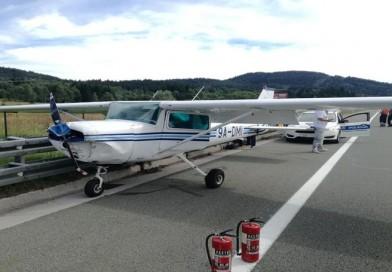 FOTO: DRAMA NA AUTOCESTI – Kod Ravne Gore prisilno sletio sportski zrakoplov