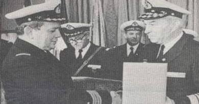 Vladimir Barović na fotografiji lijevo.