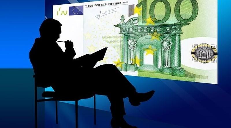 političar-novac