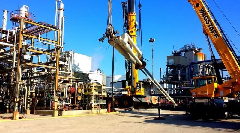 nafta-rafinerija-industrija